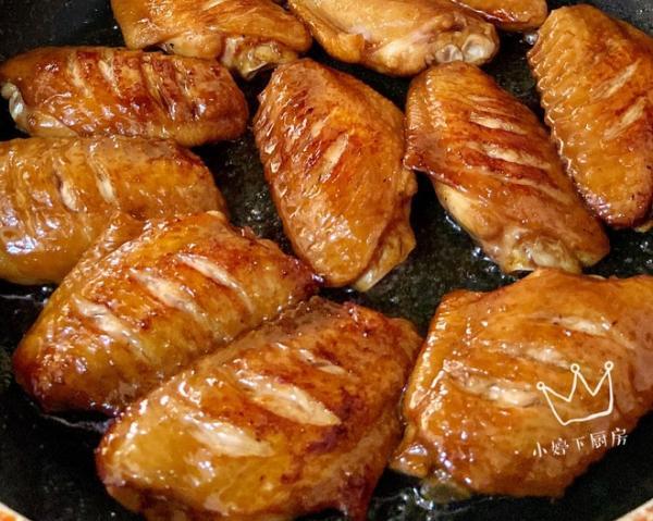 蜜汁鸡翅的做法