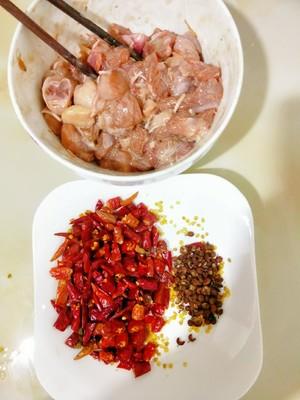 超下饭的辣子鸡丁的做法 步骤4