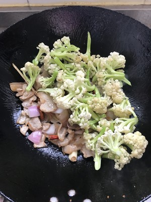干锅菜花的做法 步骤7