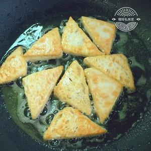 焖煎豆腐的做法 步骤8