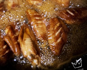 小婷下厨房.蜜汁鸡翅的做法 步骤5