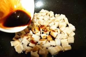 酸甜的开胃菜- 糖醋藕丁的做法 步骤4