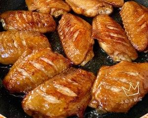 小婷下厨房.蜜汁鸡翅的做法 步骤4