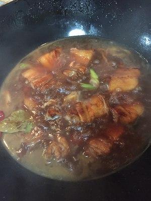 红烧五花肉的做法 步骤4