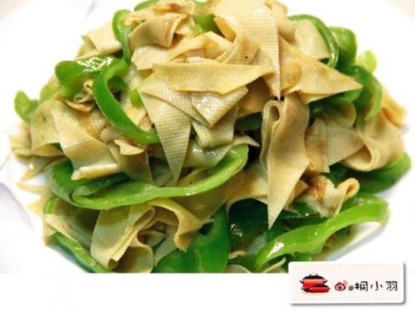 尖椒炒干豆腐的做法