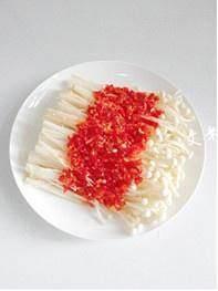 剁椒金针菇的做法 步骤2