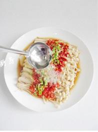 剁椒金针菇的做法 步骤7