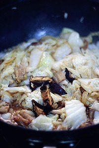 白菜炖粉条的做法 步骤3