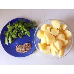 糖醋土豆的做法 步骤1