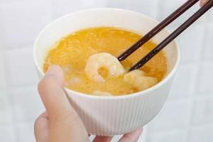 【虾仁滑蛋】超嫩滑,复刻茶餐厅经典的做法 步骤6