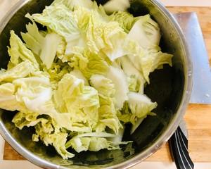 绝对好吃的醋熘白菜的做法 步骤5