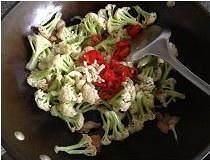 干煸菜花的做法 步骤6