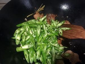 老丁的私房菜-小炒肉的做法 步骤6