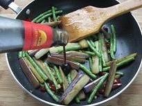 茄子豆角的做法 步骤9