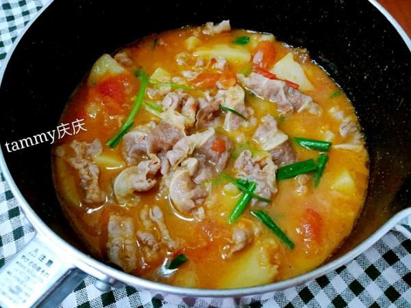 番茄土豆肥牛锅的做法