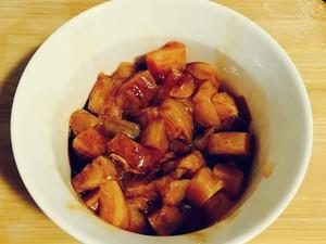 胡萝卜黄瓜鸡胸肉的做法 步骤1