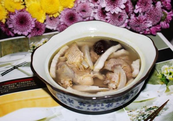 清甜椰子鸡汤的做法