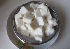 蟹黄豆腐的做法 步骤3