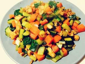 胡萝卜黄瓜鸡胸肉的做法 步骤6