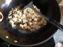蒜香肉末烧豆腐的做法 步骤7