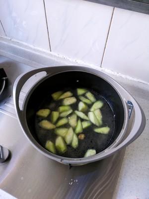 丝瓜豆腐汤(附奶白色汤方法)的做法 步骤8