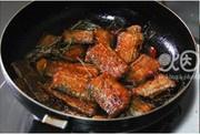 红烧带鱼的做法 步骤5