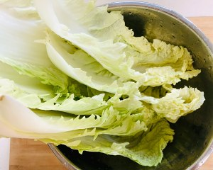 绝对好吃的醋熘白菜的做法 步骤1