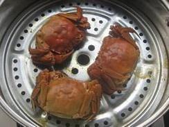清蒸大闸蟹的做法 步骤5