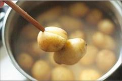 孜然香辣土豆泥的做法 步骤1