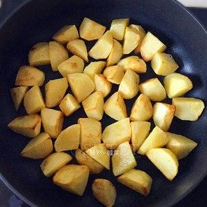 糖醋土豆的做法 步骤5