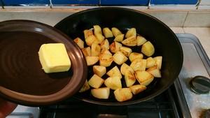 蒜香马铃薯的做法 步骤4