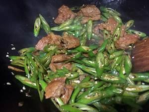 老丁的私房菜-小炒肉的做法 步骤7