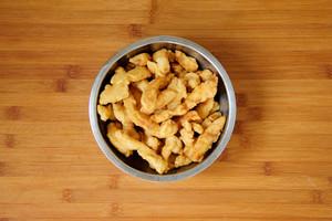 糖醋里脊 鸡胸肉的新吃法 香酥酸甜节日聚餐必做菜 超详细做法的做法 步骤6