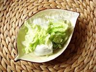 白菜炒木耳的做法 步骤1