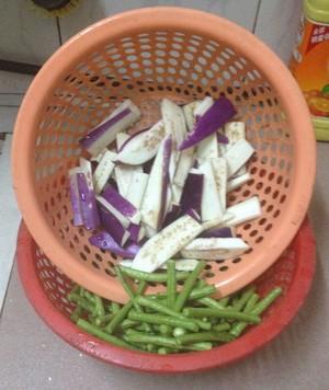 茄子豆角的做法 步骤1