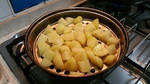 蒜香马铃薯的做法 步骤2