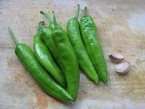 虎皮青椒的做法 步骤1