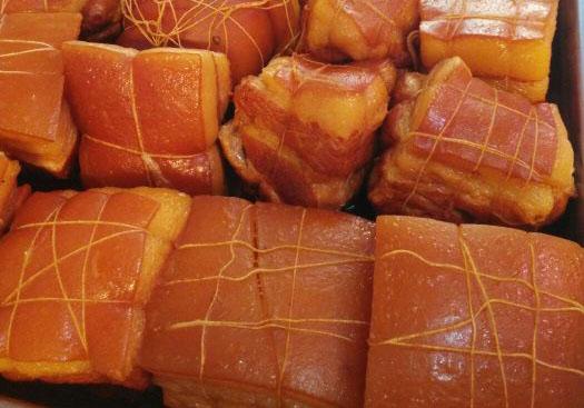 """假期美食寻味之旅""""熏肉煎饼""""+豆皮"""